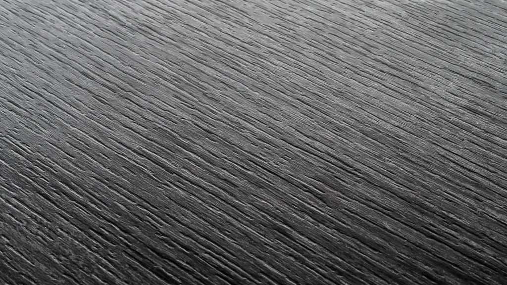 Wood Grain Urbanwood Ebony Rincon Grain Example 1